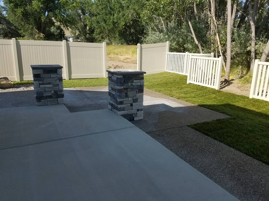 Define Your Yard With the Right Hardscape Features